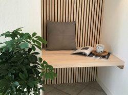 Norto Bech / Bæredygtig loft- og vægbeklædning i træ med malede spor